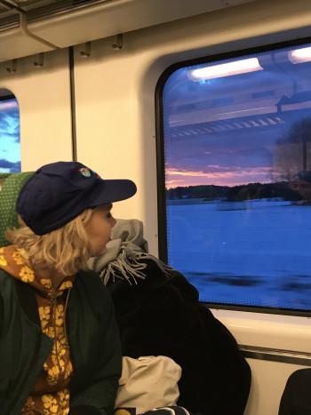 Maanantai on meidän uus sunnuntai tälleen esityskaudella. Eikun Z-junalla Helsinkiin visitille!